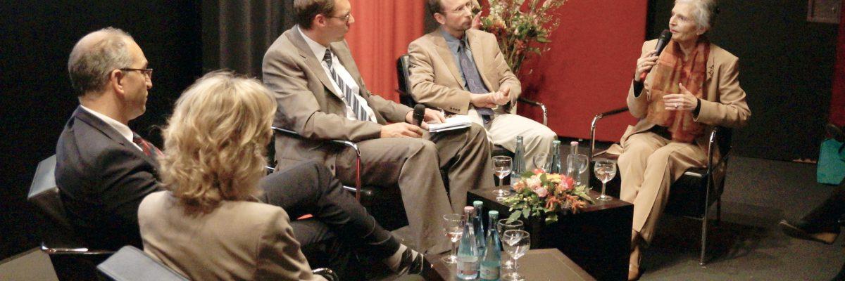 Stiftung-Eierstockkrebs-Podiumsrunde